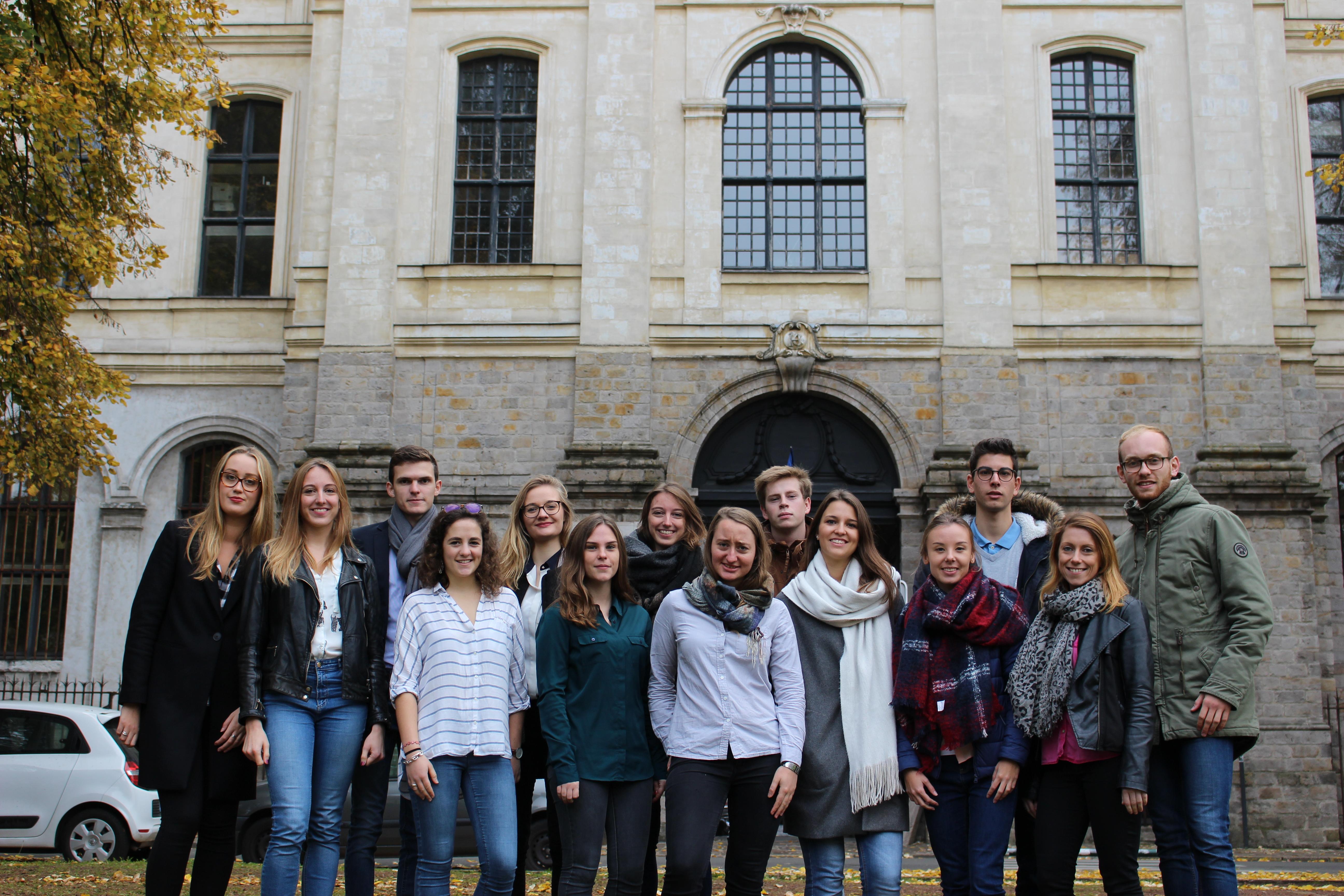 Le projet Actions Humanitaires (AH) composé de quatorze étudiants, issue de la Licence 3 MSG et du Master 1 MGBU de l'IAE Lille.